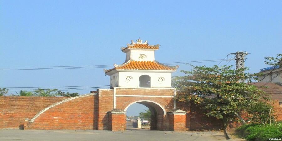 Quảng Bình Quan
