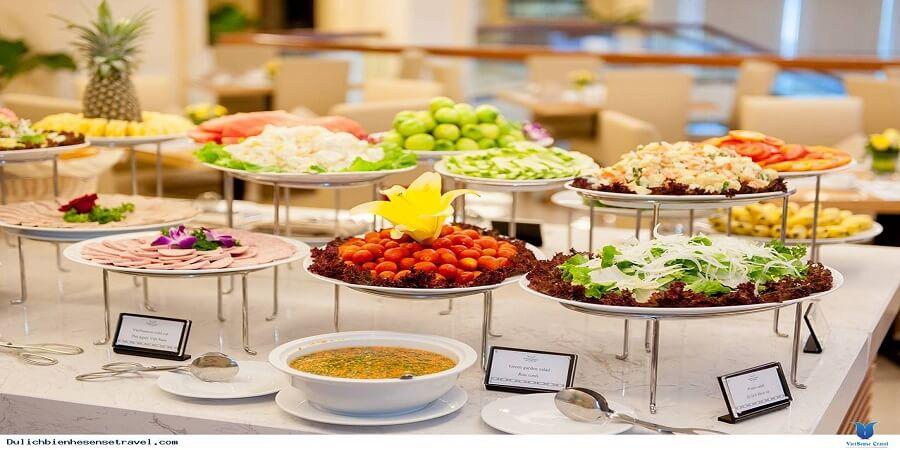 Bữa sáng khách sạn Mường Thanh Quảng Bình