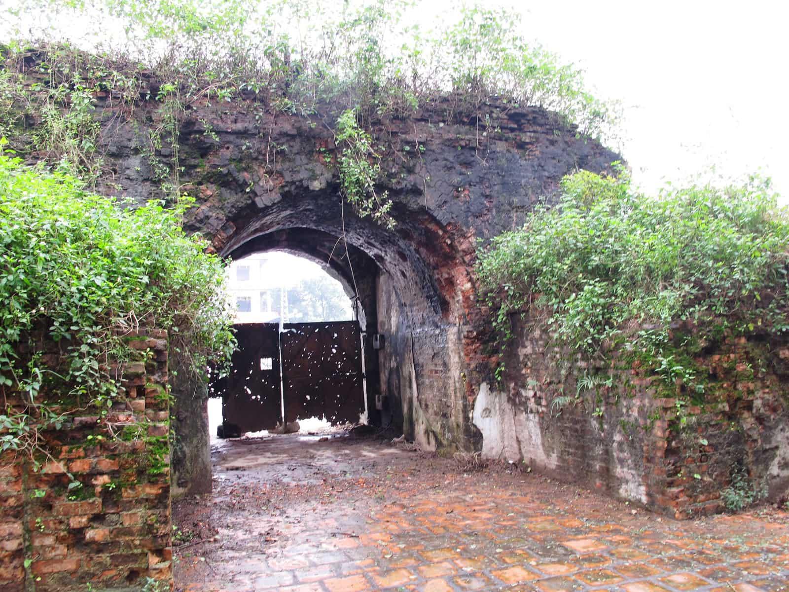 Cổng thành phía đông thành cổ Quảng Trị
