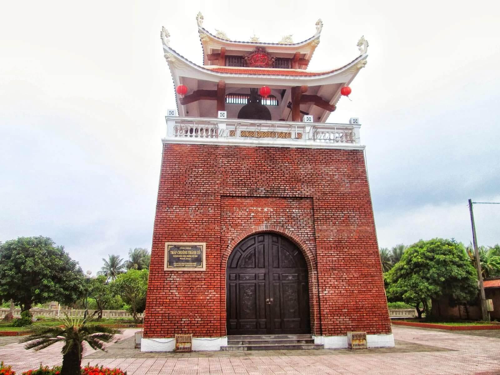 Tháp chuông thành cổ Quảng Trị