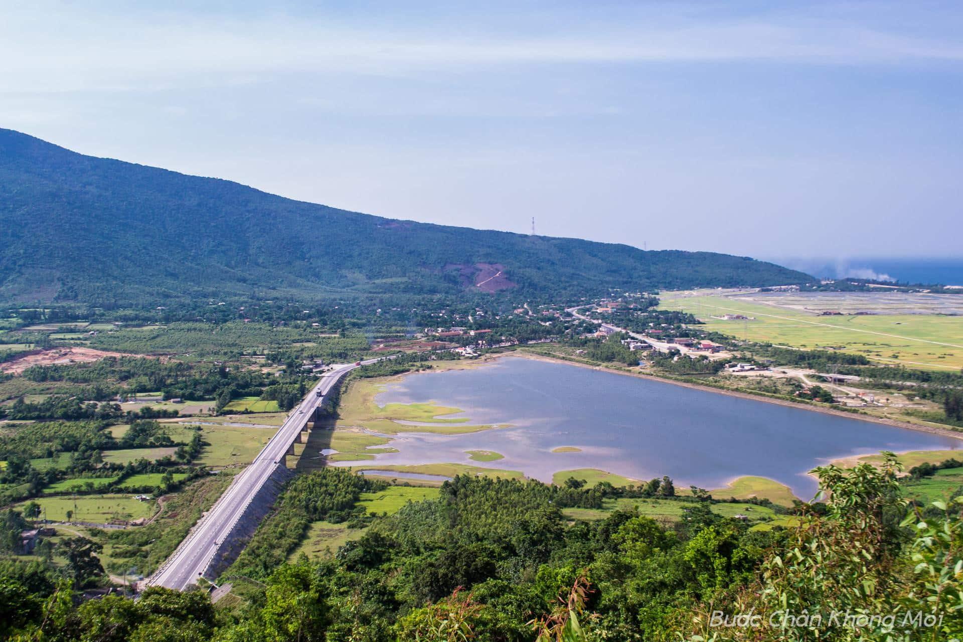 Quang cảnh làng quê